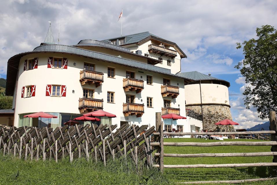 stylingliebe-reiseblog-muenchen-travelblog-munich-blogger-deutschland-reiseblogger-bloggerdeutschland-lifestyleblog-ein-zauberhafter-Besuch-im-Schloss-Mittersill-10