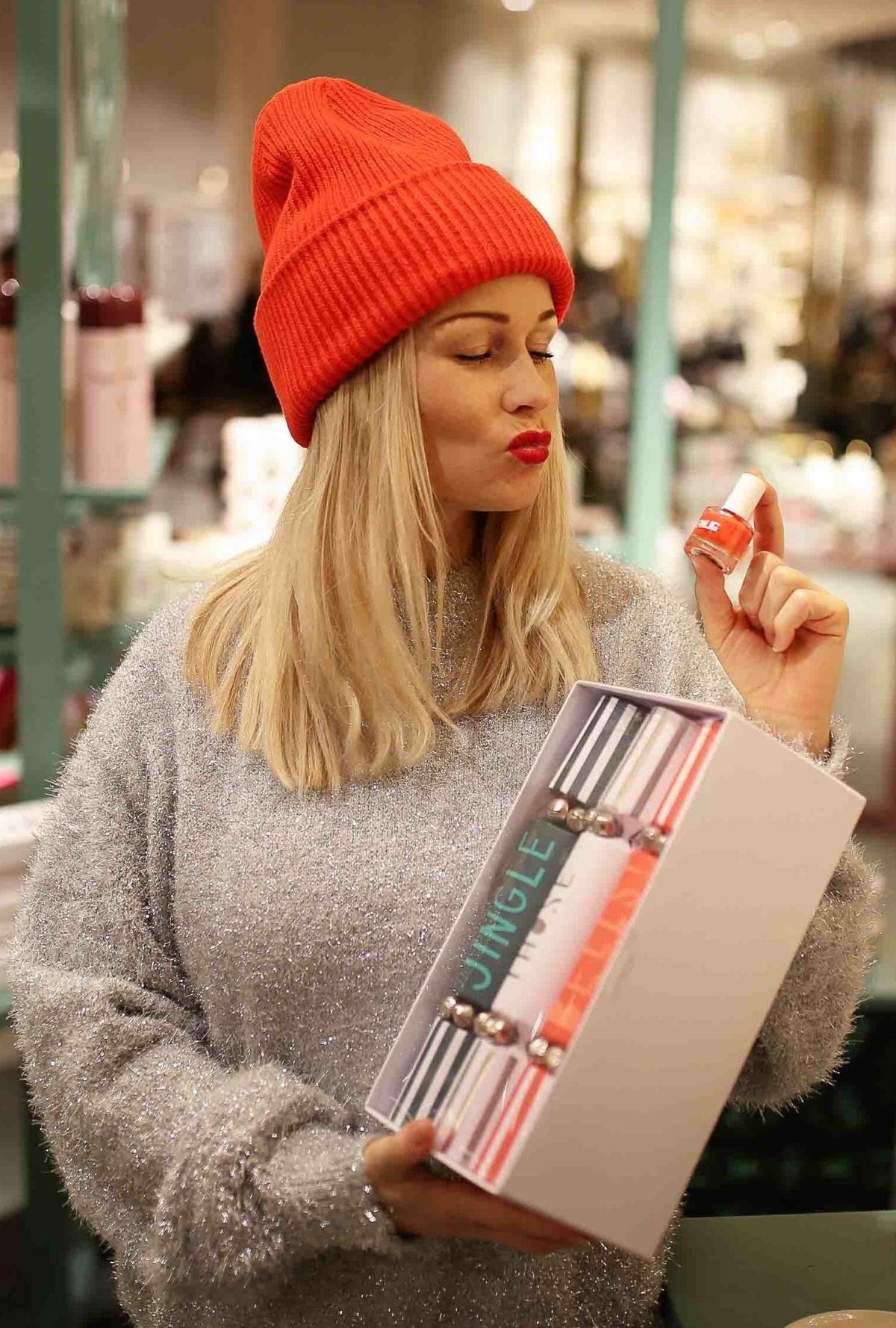 stylingliebe-lifestyleblogger-fashionblog-muenchen-styleblog-munich-blogger-deutschland-fashionblogger-lifestyleblog-modeblog-der-weihnachtsmarkt-im-konen-modehaus-geschenkideen-6