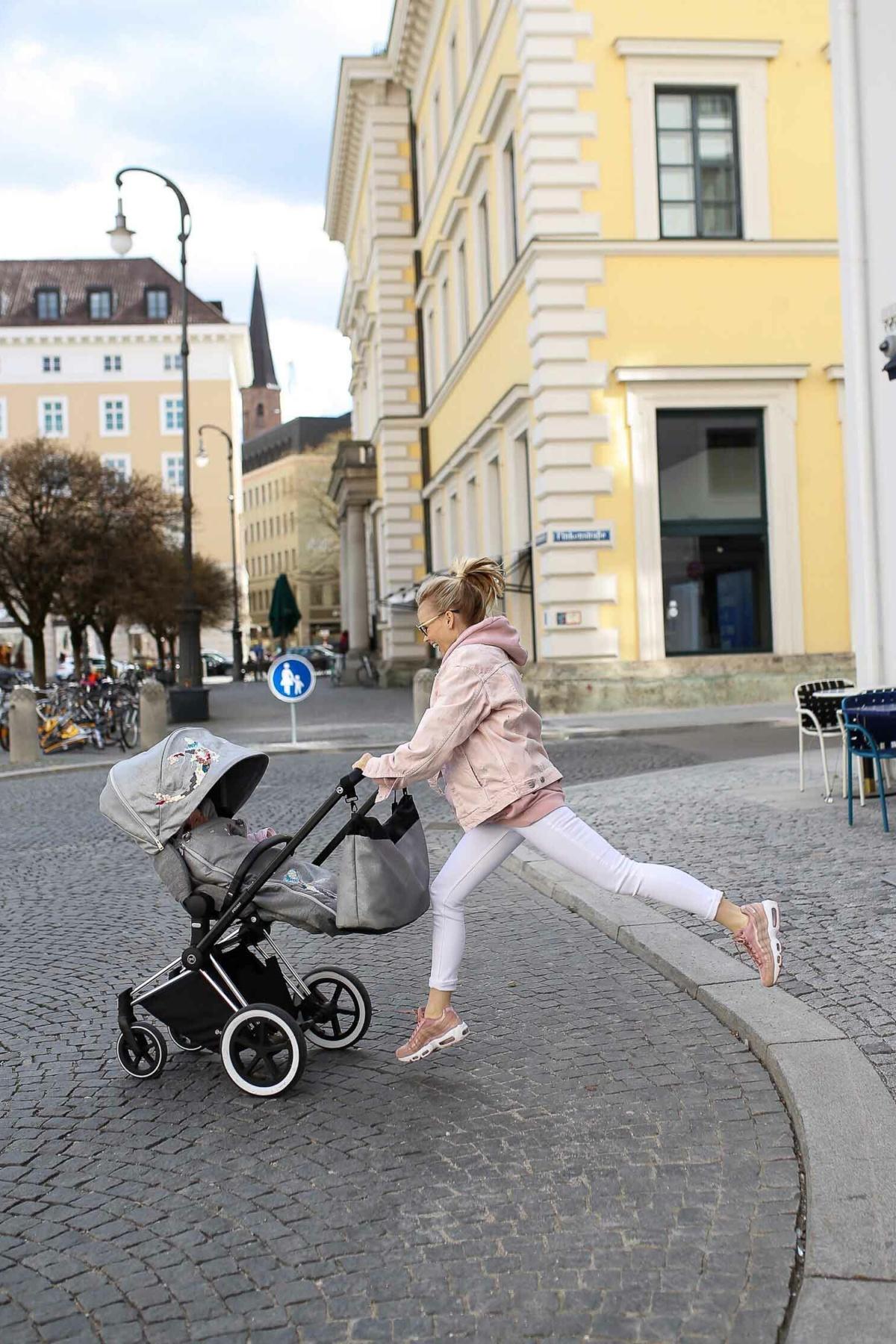 stylingliebe-lifestyleblogger-mamablog-fashionblog-muenchen-blogger-deutschland-lifestyleblog-mamablogger-fashionblogger-modeblog-die-cybex-koi-kollektion-ein-sicherer-kinderwagen-mit-style-1