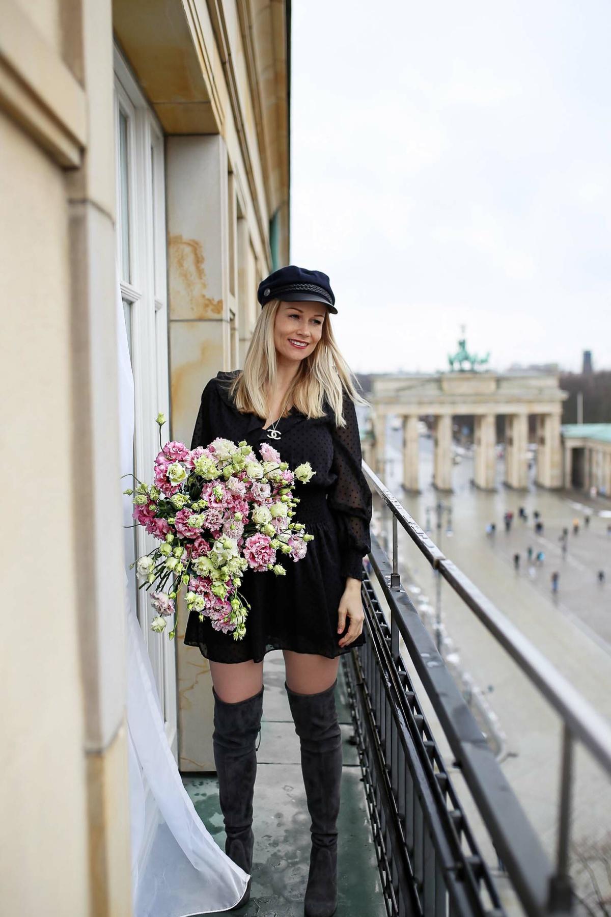 stylingliebe-lifestyleblogger-mamablog-fashionblog-muenchen-styleblog-blogger-deutschland-lifestyleblog-mamablogger-modeblog-unsere-erste-fashion-week-mit-baby-zu-besuch-im-hotel-adlon-kempinski-7