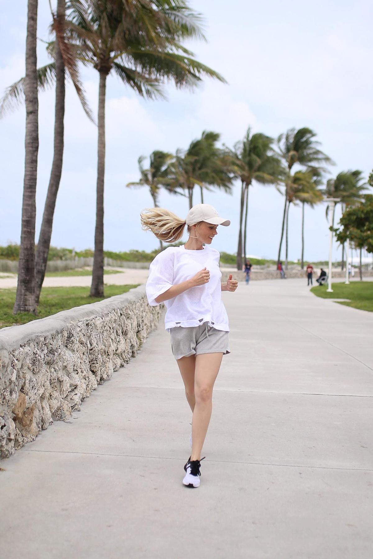 stylingliebe-lifestyleblogger-fitnessblog-fashionblog-muenchen-styleblog-munich-blogger-deutschland-lifestyleblog-reiseblog-travelblogger-eine-runde-fitness-an-der-miami-beach-promenade-1