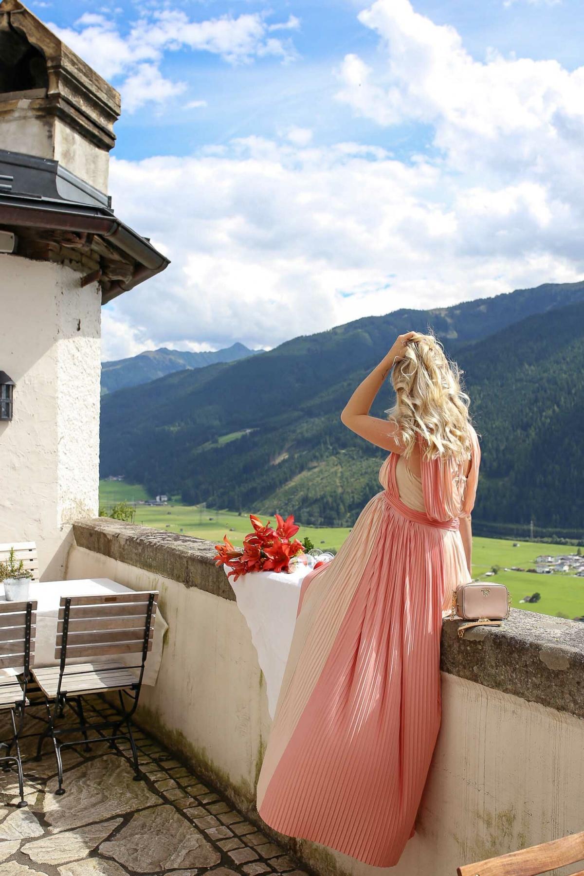 stylingliebe-reiseblog-muenchen-travelblog-munich-blogger-deutschland-reiseblogger-bloggerdeutschland-lifestyleblog-ein-zauberhafter-Besuch-im-Schloss-Mittersill-5